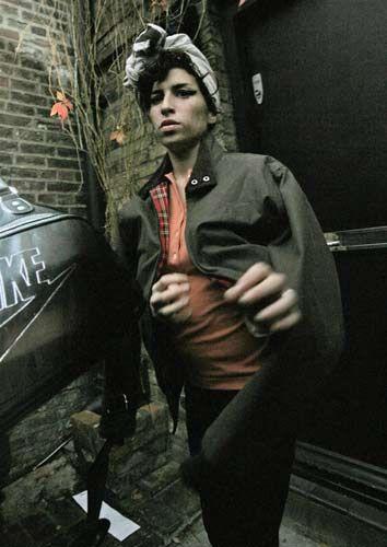 Amy Winehouse - 35